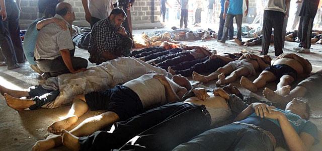 Varios cuerpos sin vida tras el ataque. | Afp