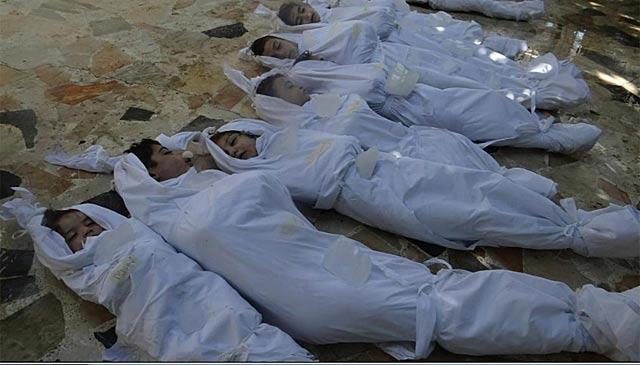 Imagen facilitada por la oposición siria de las víctimas del presunto ataque químico. | Afp
