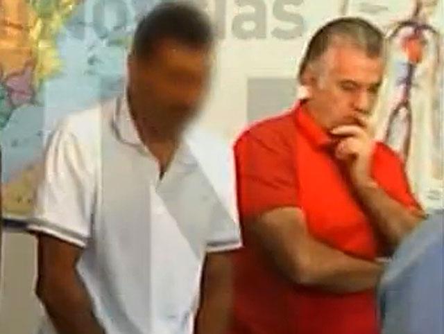 Luis Bárcenas, durante la misa en prisión. | Foto: La Sexta