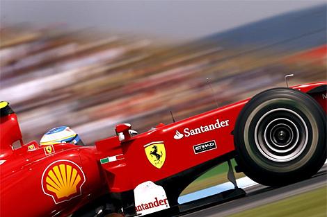 Fernando Alonso, en su Ferrari, durante el pasado Gran Premio de Alemania. (EFE)