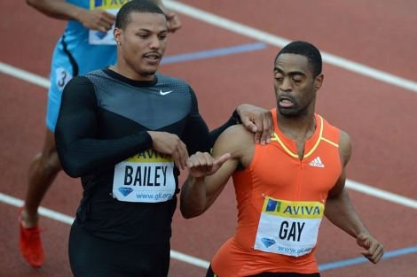 Tyson Gay saluda a su compatriota Bailey. | Afp