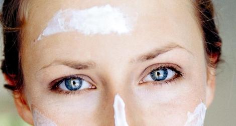 Se han creado cremas con resveratrol que supuestamente activan las sirtuinas. | EL MUNDO