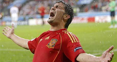 Villa canta uno de sus goles ante Rusia. (Foto: EFE)
