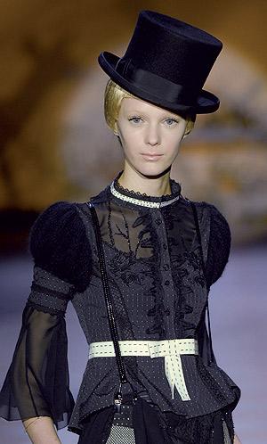 Sombrero de copa o chistera  estuvo muy de moda entre el público masculino  entre los siglos XVIII y XX f551b15da7a