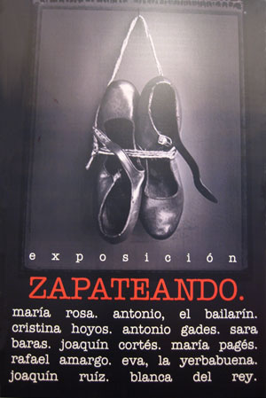 Los zapatos de los mejores bailaores en la exposicin 'Zapateando'.